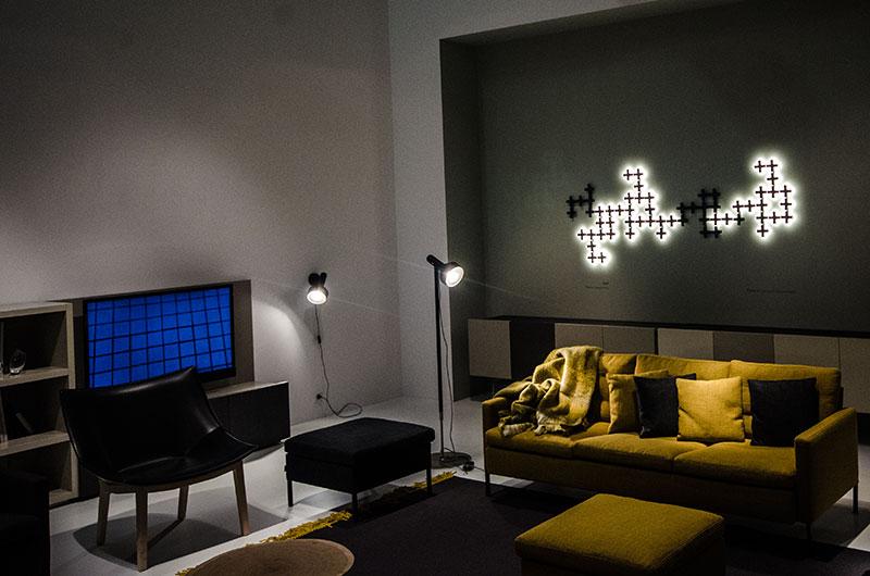 Wanddeko aus Plexiglas mit LED beleuchtet