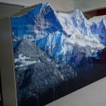 Schrank mit Digitaldruck und konturierten Türen